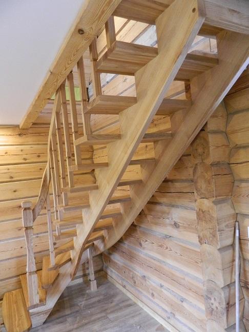 Stopnie schodowe drewniane